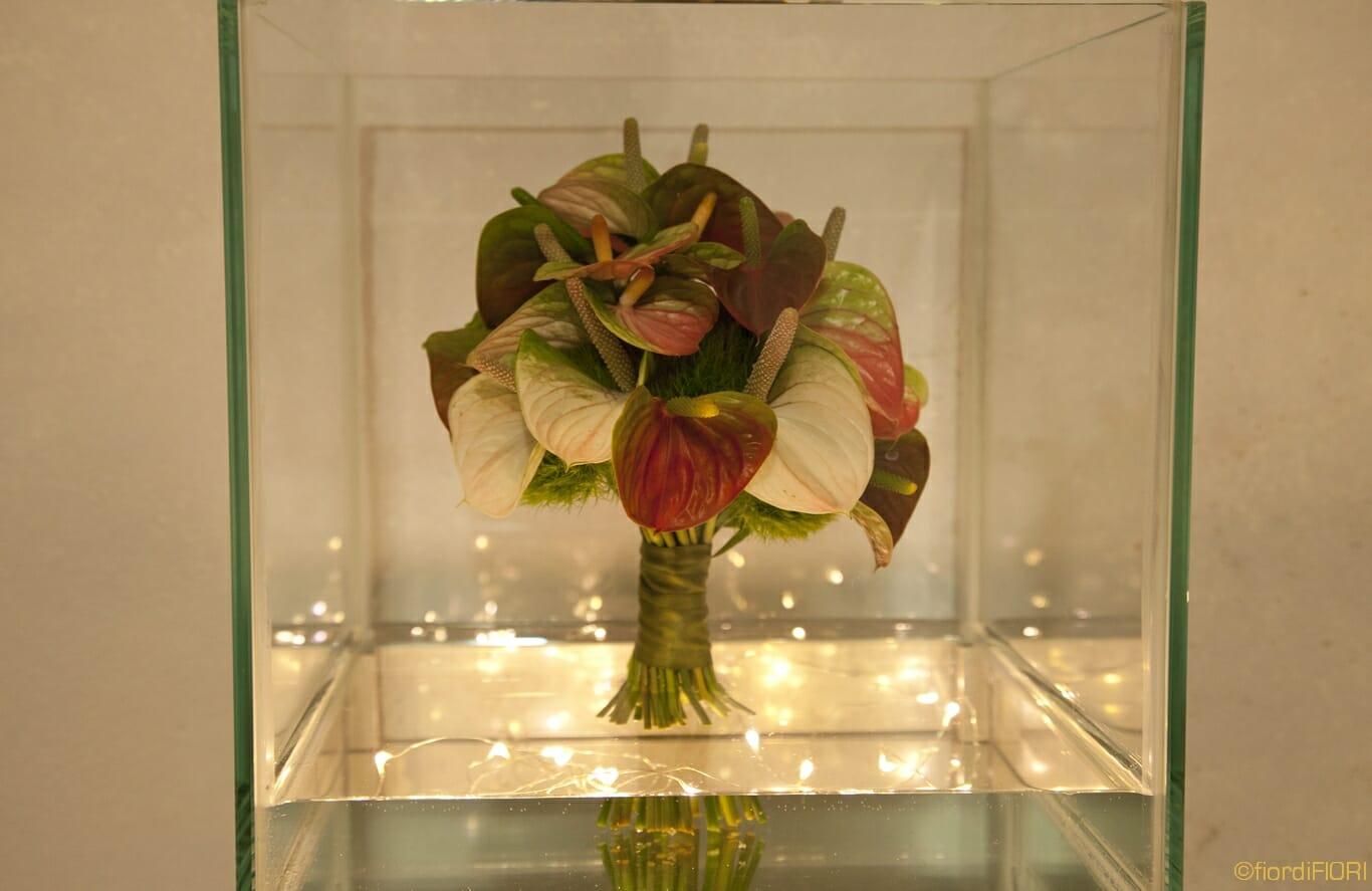 bouquet anturium chiaro scuro