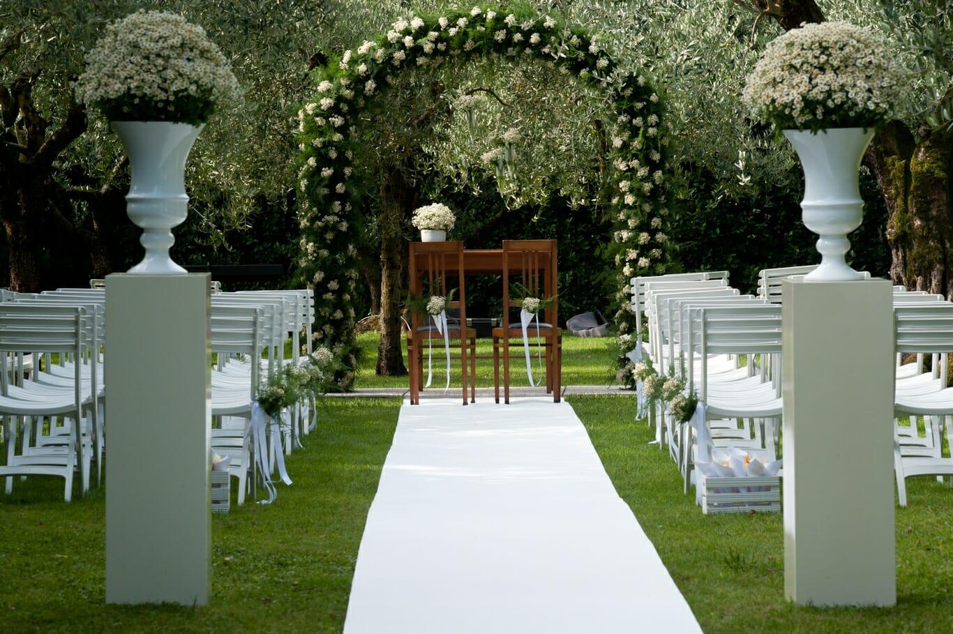 Decorazione floreale per matrimonio con camomilla