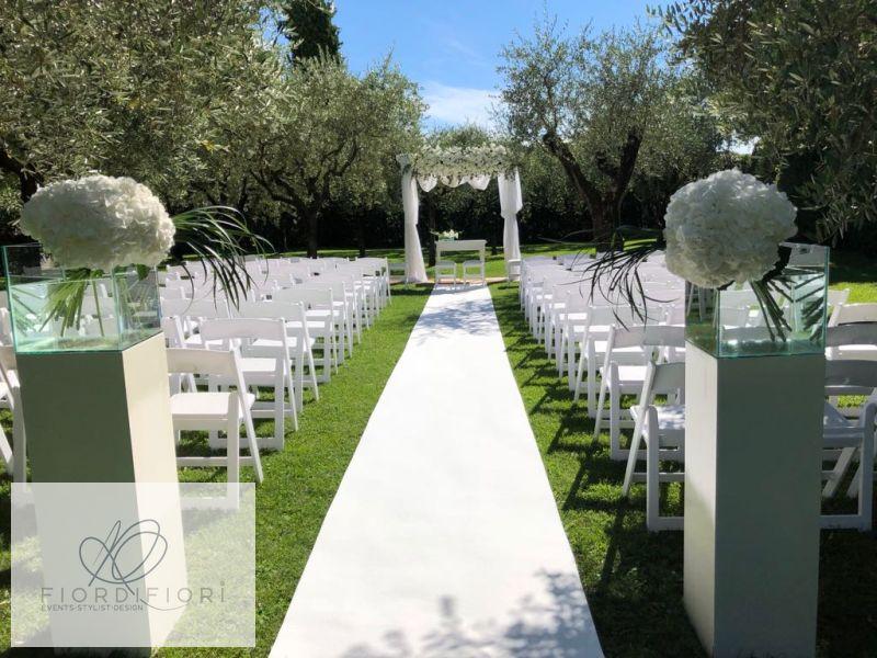Matrimonio bianco candido