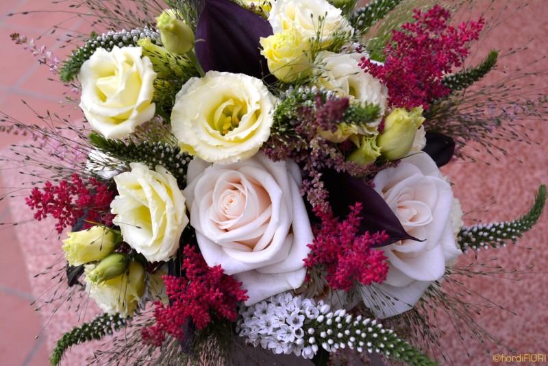 Bouquet con i colori del vino